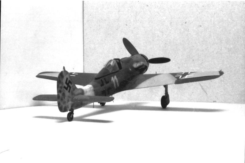 [Airfix] Focke Wulf Fw 190 D-9, 1978 Img_0314