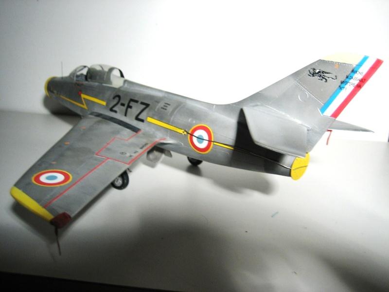 La vitrine de French Air Kit, les aéronefs aux couleurs françaises Img_5476