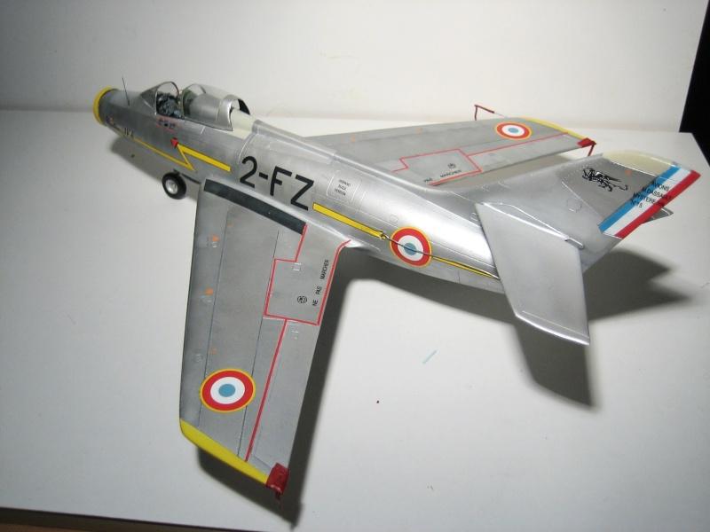 La vitrine de French Air Kit, les aéronefs aux couleurs françaises Img_5478