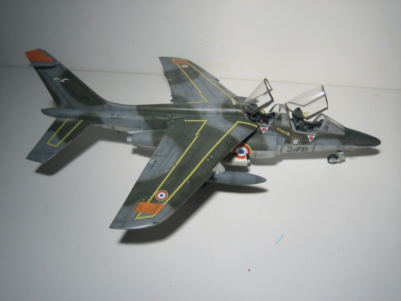 La vitrine de French Air Kit, les aéronefs aux couleurs françaises Img_5481