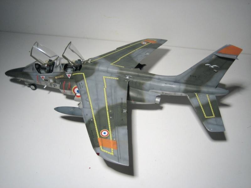 La vitrine de French Air Kit, les aéronefs aux couleurs françaises Img_5485