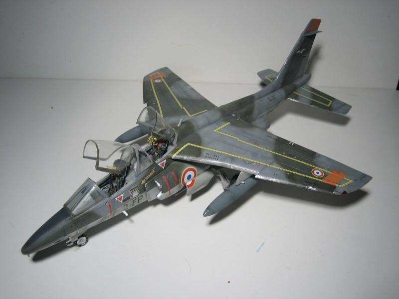 La vitrine de French Air Kit, les aéronefs aux couleurs françaises Img_5510