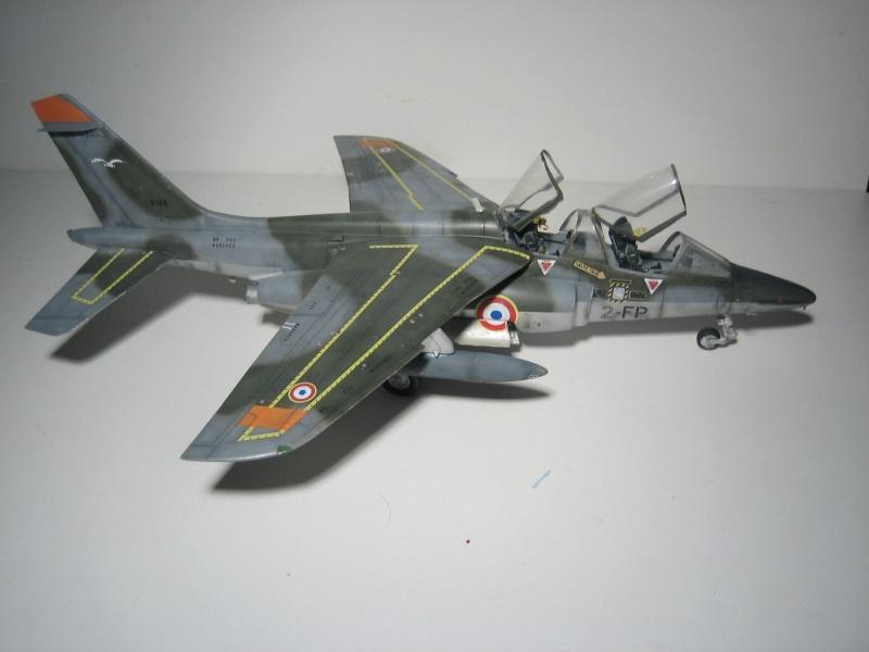 La vitrine de French Air Kit, les aéronefs aux couleurs françaises Img_5512