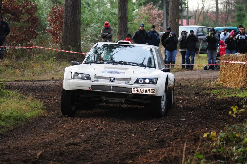 Recherche Photos de la 306 blanche N°28 et du FLAC N°121 Plaine74