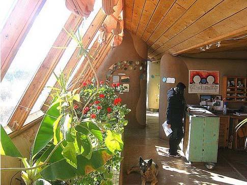 Une maison véritablement écologique Earth_10