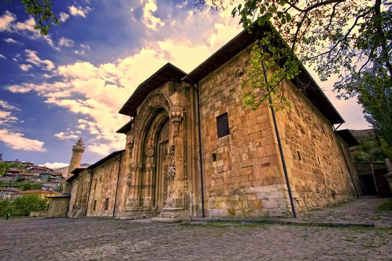 Les Portes du Paradis de la mosquée DIVRIGI Divrig10