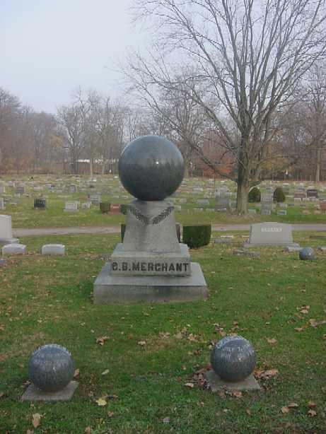 Étrange pierre tombale Mercha10