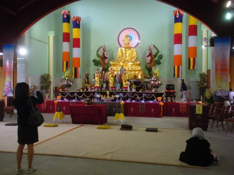 Commémoration du Wesak 2010 à la Pagode KHANH ANH d'Evry Pagode26