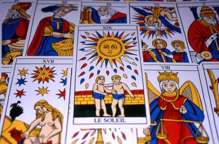 Questions / Réponses par le Tarot de Marseille par Colette SILVESTRE Tarot10