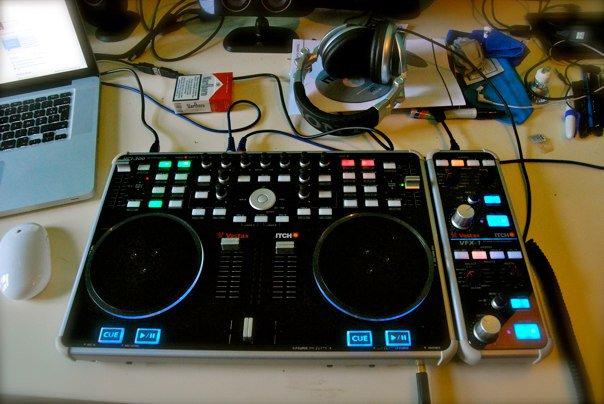 Dj's : Quel platines et/ou table de mixage utilisez vous ? 29143_10