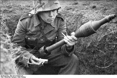 Le Panzerschreck RPZB 43 - Page 2 6669f010