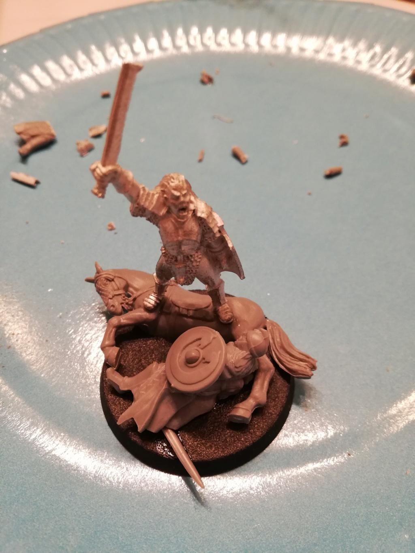 [Les combattants du Gouffre] Uruk chevaucheur de Rohirrim Img_2030