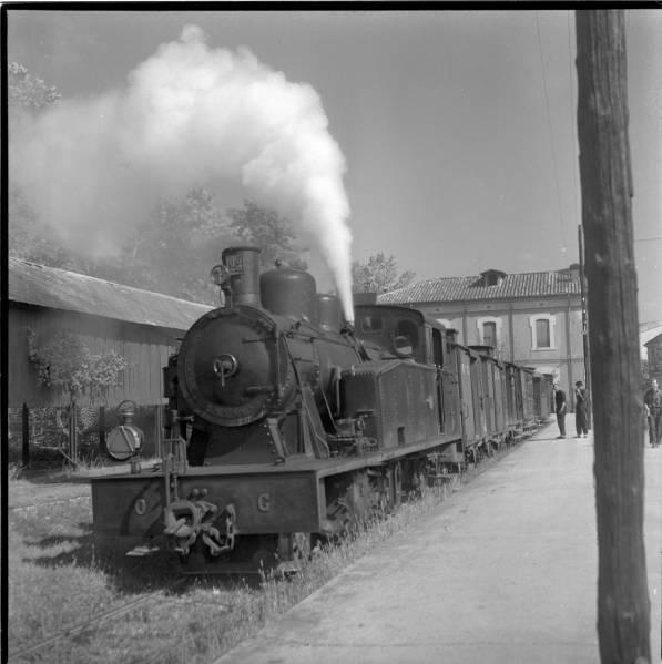 El tren d'Olot-Girona Fc210