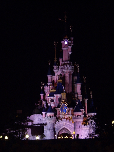 [01.02.09]Disneyland Paris Chatea10