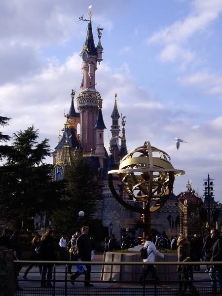 [01.02.09]Disneyland Paris Chatea12