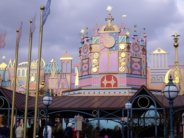 [01.02.09]Disneyland Paris Iasw310