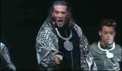 """[Captures DVD] Nuno dans la chanson """"Verone"""" Sans_t35"""