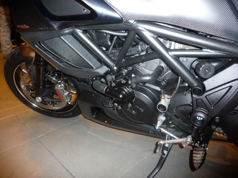 Ducati Diavel P1000319