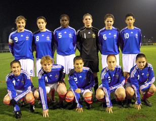L'équipe de France U17 féminine à Toulon 53570410