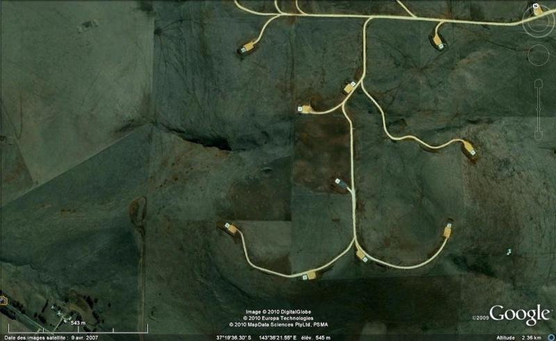 Les objets familiers vus sur Google Earth : écrous - tapis - planche... & caetera - Page 5 Cables10