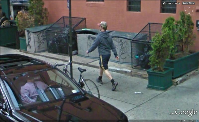 STREET VIEW : les gens en chaussettes noires ! - Page 4 Chauss31