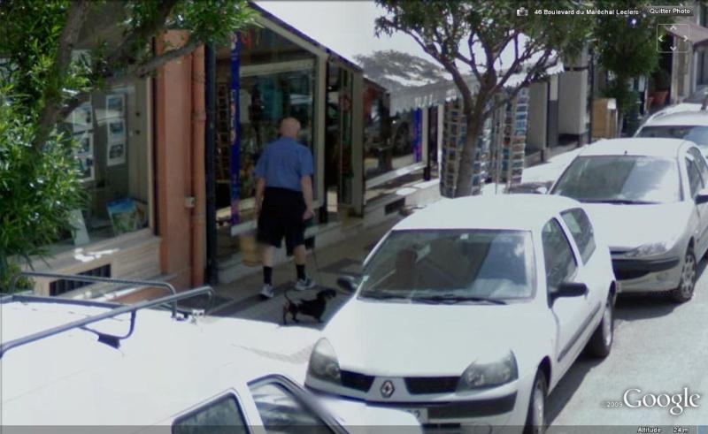 STREET VIEW : les gens en chaussettes noires ! - Page 5 Chauss38
