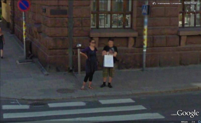 STREET VIEW : les gens en chaussettes noires ! - Page 6 Chauss47