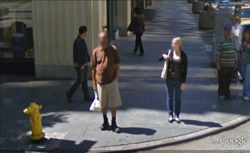 STREET VIEW : les gens en chaussettes noires ! - Page 6 Chauss48