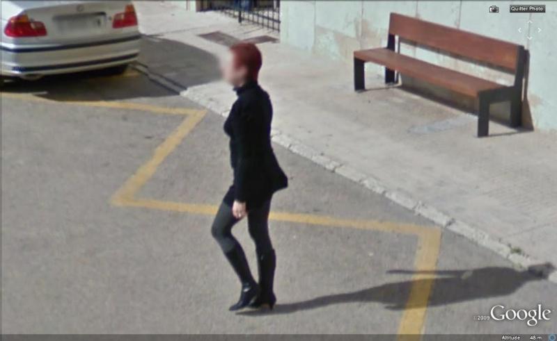 STREET VIEW : les gens en chaussettes noires ! - Page 11 Chauss99