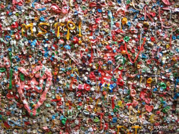 Murs de chewing gums à San Luis Obispo, Californie - USA Chewi410