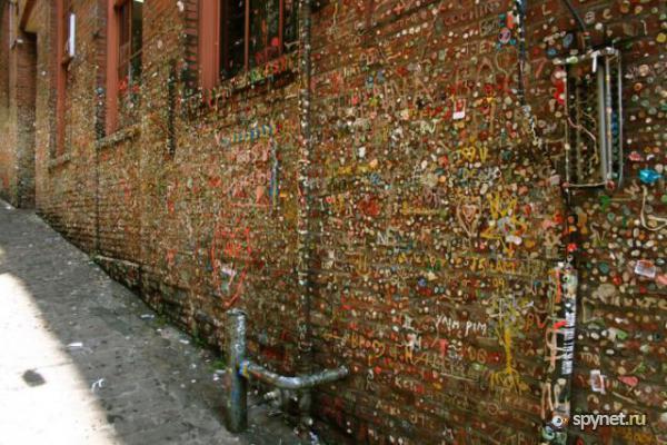 Murs de chewing gums à San Luis Obispo, Californie - USA Chewi510