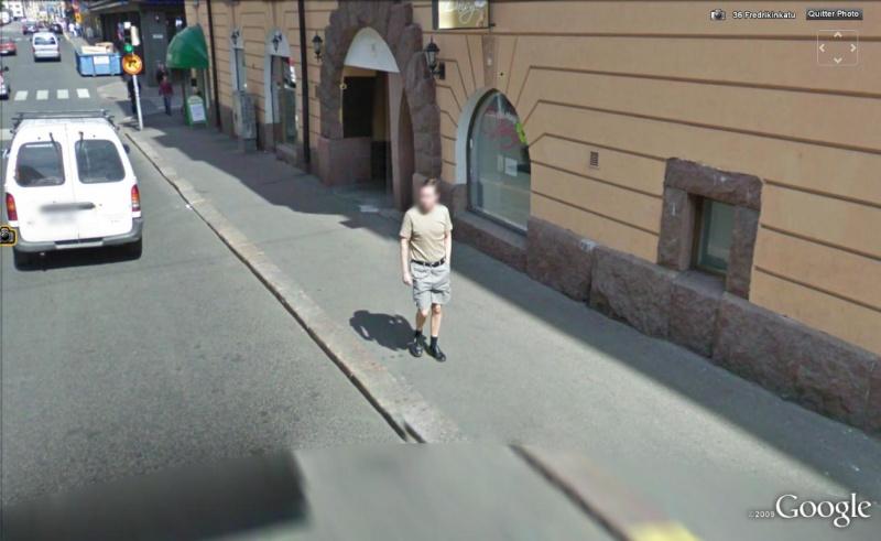 STREET VIEW : les gens en chaussettes noires ! Cn110