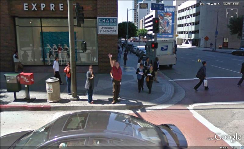 STREET VIEW : un coucou à la Google car  - Page 3 Coucou17