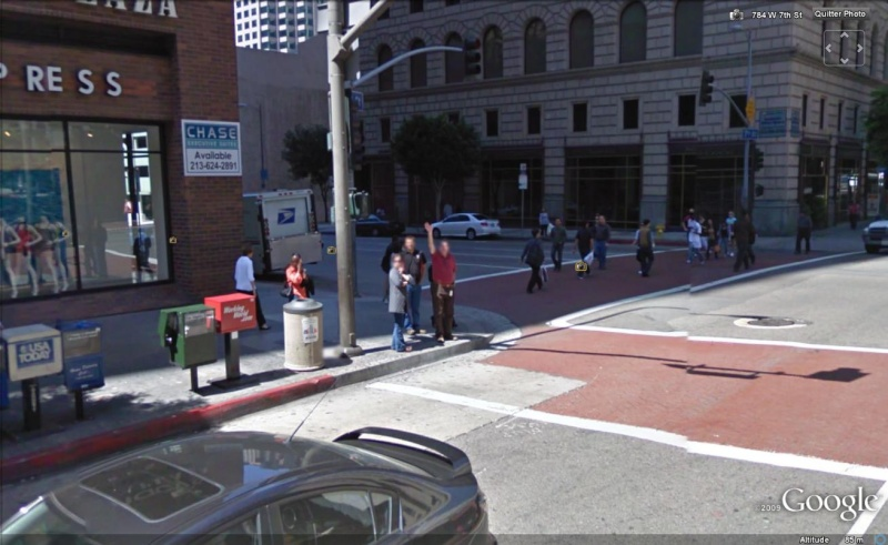 STREET VIEW : un coucou à la Google car  - Page 3 Coucou18