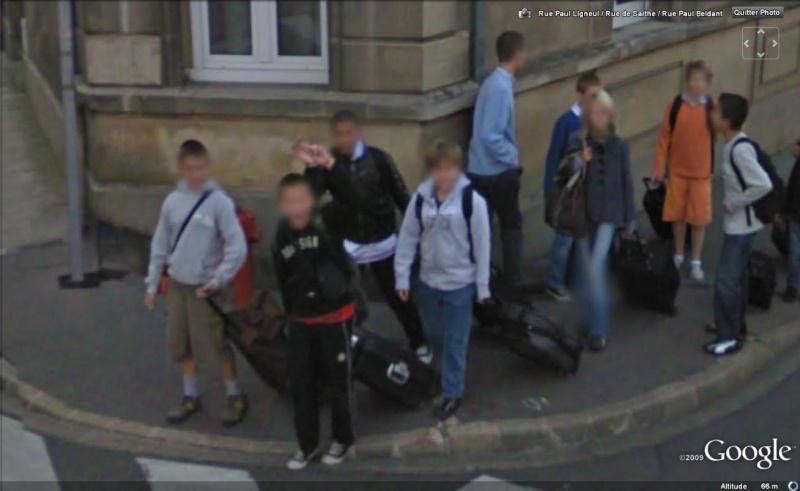 STREET VIEW : un coucou à la Google car  - Page 3 Coucou20