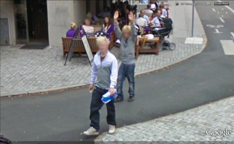 STREET VIEW : un coucou à la Google car  - Page 5 Coucou25