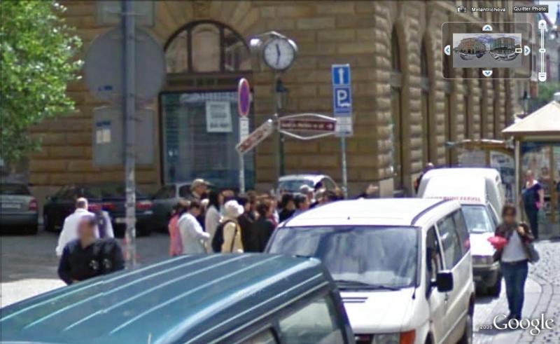 STREET VIEW : Vous avez l'heure ? Prague, Rep Tcheque Par_la11