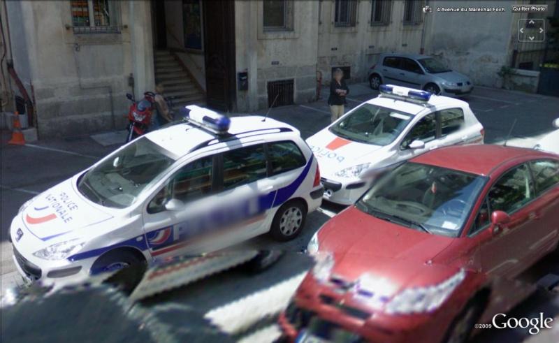 STREET VIEW : véhicules de police du monde - Page 2 Police11