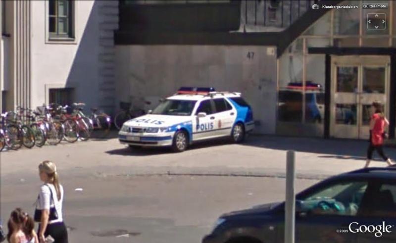 STREET VIEW : véhicules de police du monde - Page 2 Police12