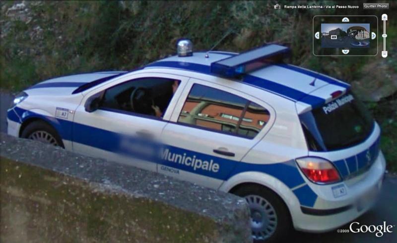 STREET VIEW : véhicules de police du monde - Page 3 Police13