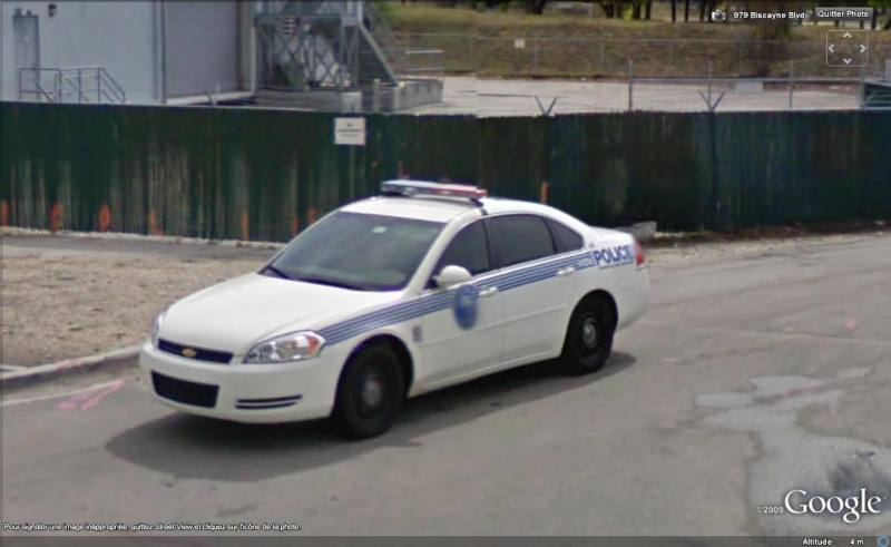 STREET VIEW : véhicules de police du monde - Page 4 Police19
