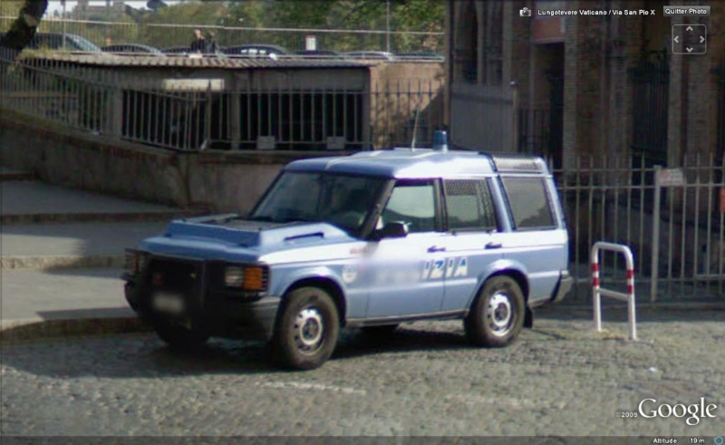 STREET VIEW : véhicules de police du monde - Page 4 Police20