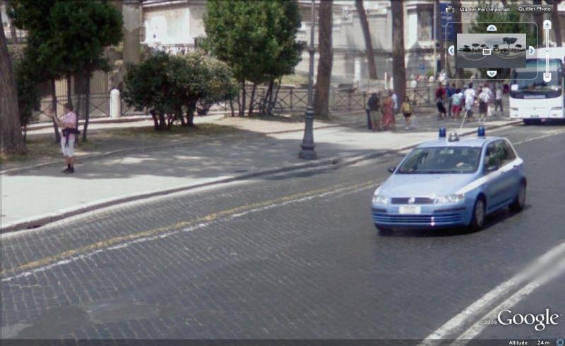 STREET VIEW : véhicules de police du monde - Page 4 Police24