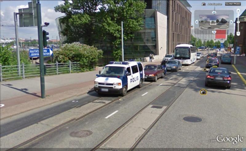 STREET VIEW : véhicules de police du monde - Page 5 Police26