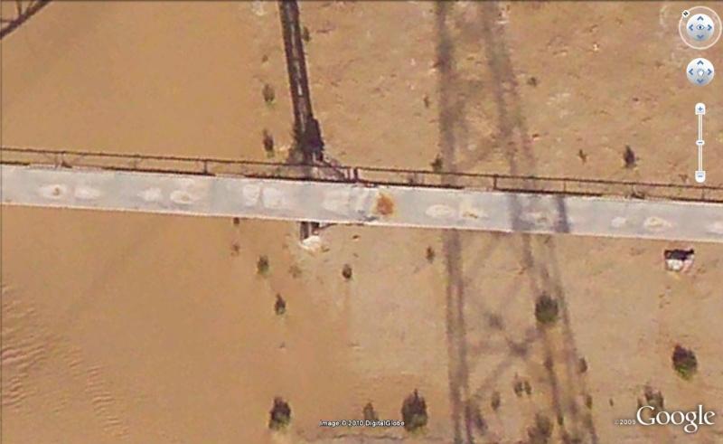100 Km de long : le plus grand tapis roulant (convoyeur) du monde ! - Sahara occidental Tapis10