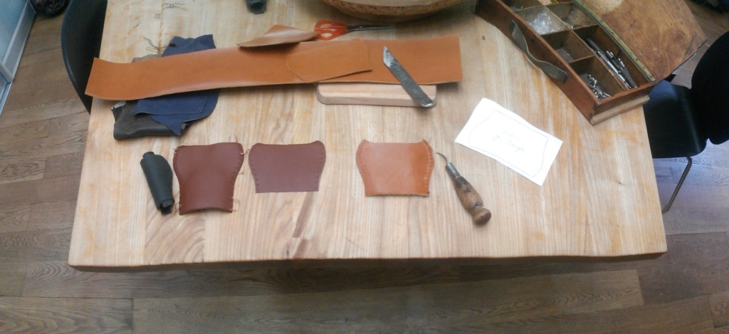Réaliser ses poignées en cuir 3_cuir10