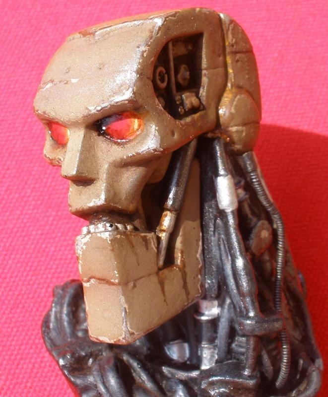 Warrior Robot (Judge Dredd) - Page 2 1610