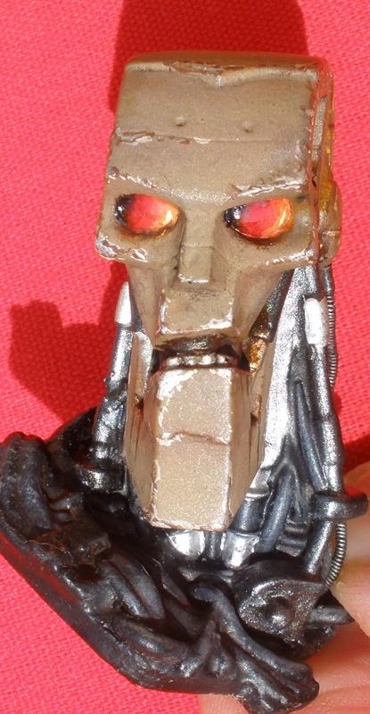 Warrior Robot (Judge Dredd) - Page 2 1711