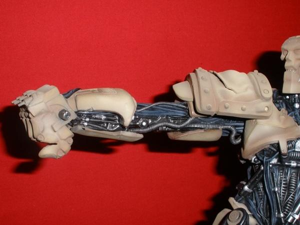 Warrior Robot (Judge Dredd) - Page 2 813