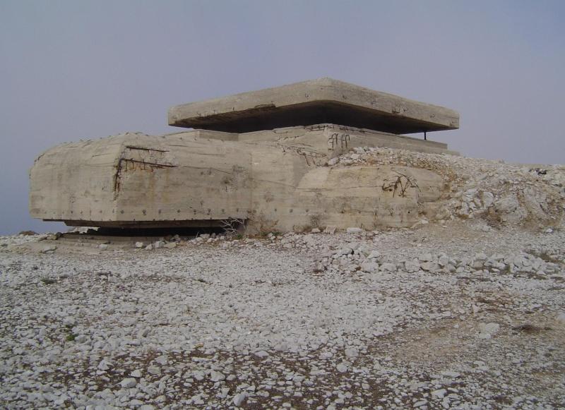recherche plan bunker Frioul10